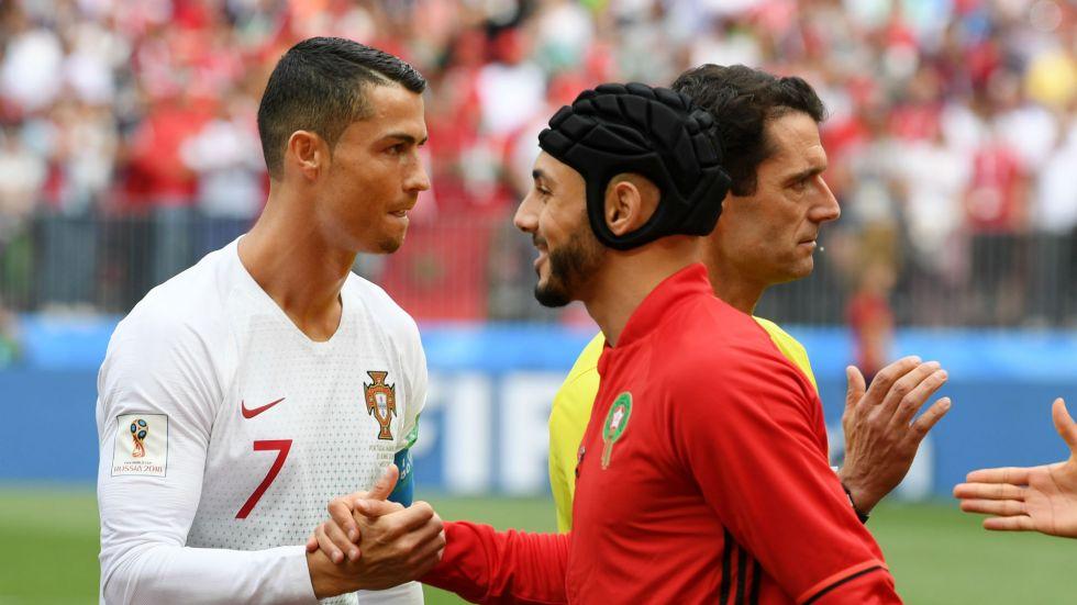 cristiano-ronaldo-portugal-nordin-amrabat-morocco-world-cup-2018_159l93l8sydqu1hpxb7awh8qys (1)