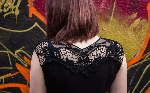 Backlace T-Shirt von Fashion Victim