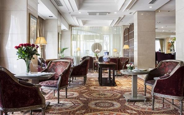 Lobby Bar Hotel Emperador