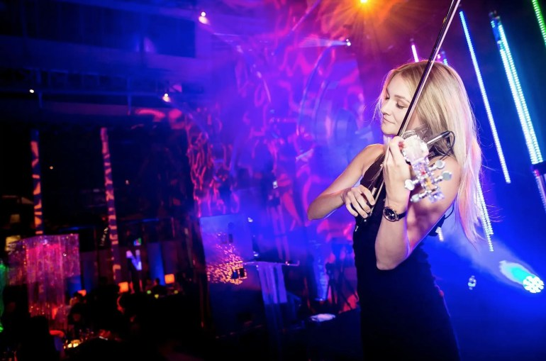 Sally Potterton - Electric Violinist for hire
