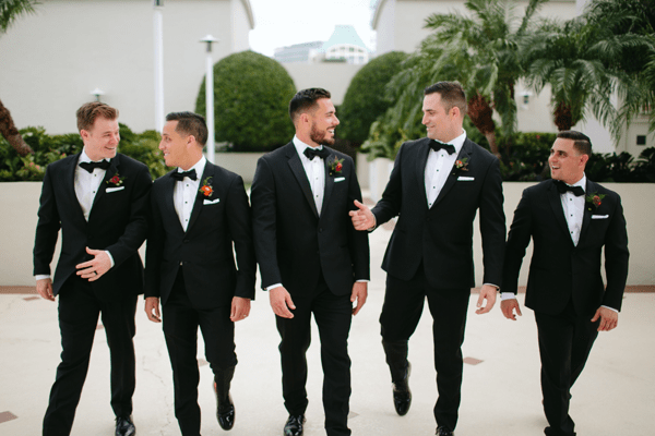 Affordable groomsmen gift options to express your gratitude.