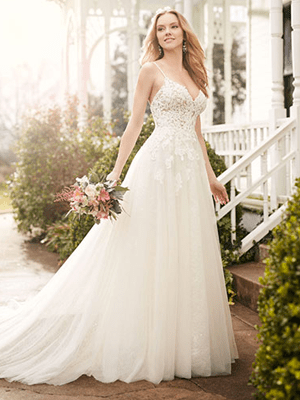 Bridal dresses and accessories for the perfect wedding photos.