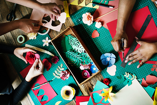 Pros and cons for you to decide if personalized gifts are a good idea?