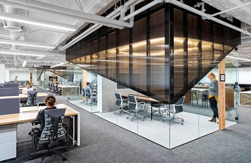 desks-02-uber-office-studio