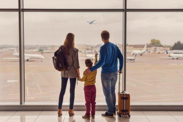 Viajes al Exterior de Menores de Edad