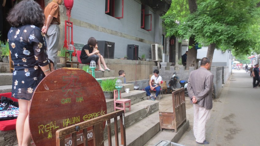 Me:Mo (Zhao Ruixin) and Layer performing in the hutong outside of Zajia, 26 May 2013