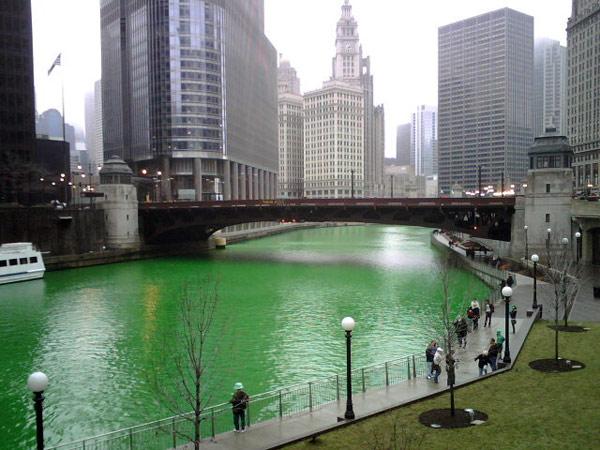 Chicago-river-st-patricks-day