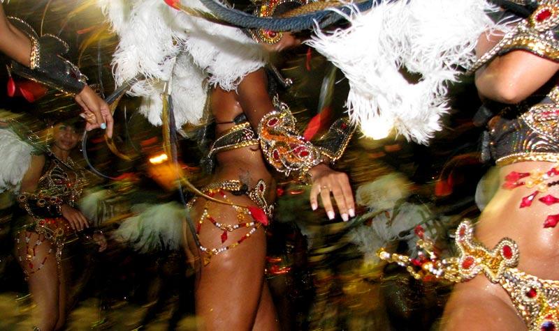 carnival-in-rio-dancers