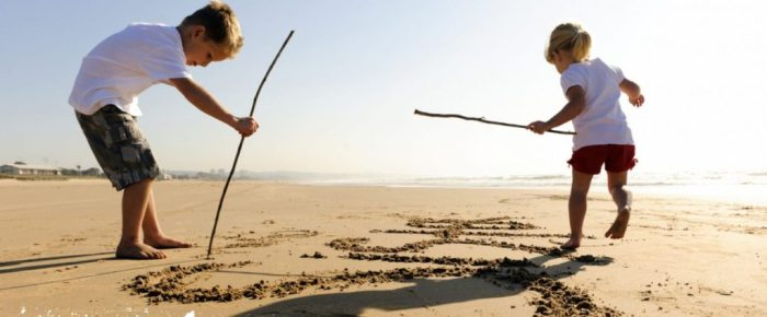 Top 10 leukste strandspelletjes van deze zomer!