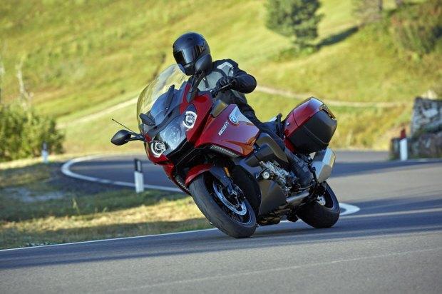 La importancia de la formación para la seguridad en moto