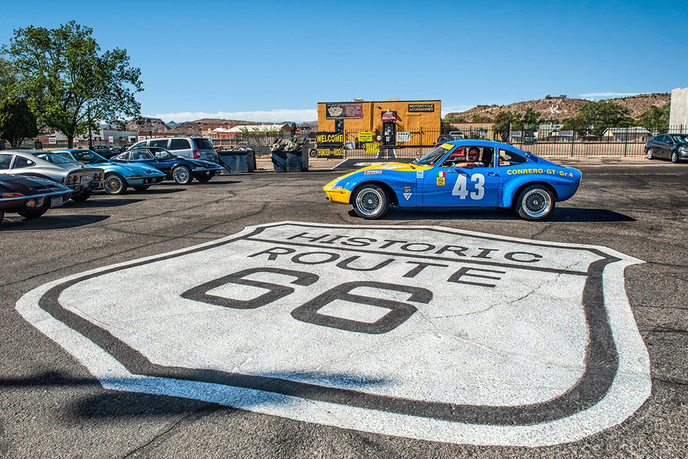 El Opel GT celebra su 50 aniversario con míticas rutas alrededor del mundo