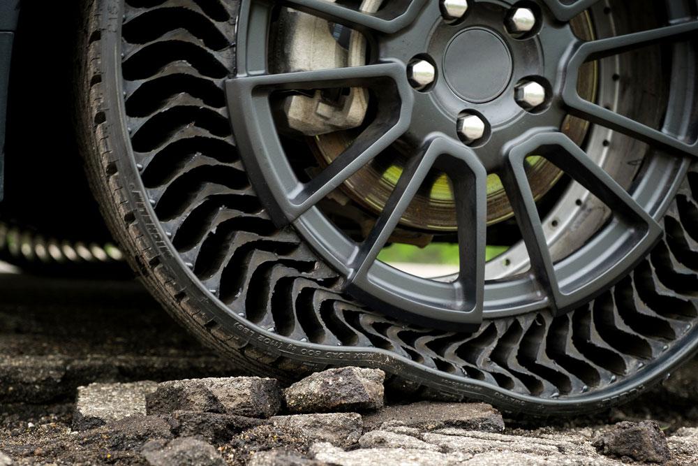 neumáticos sin aire Michelin Uptis