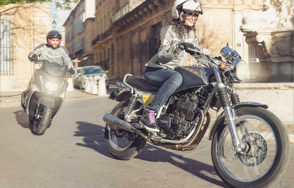 Mujeres motoristas
