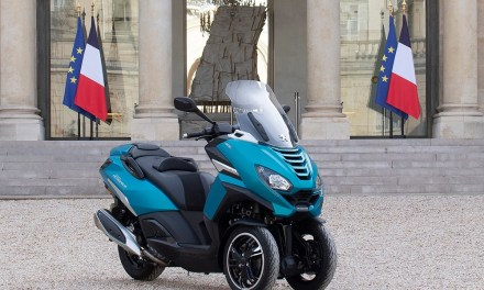 El nuevo Peugeot Metropolis se une a la flota de la presidencia francesa