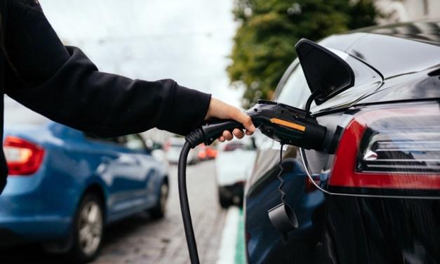Plan Moves III: 400 millones de ayudas para la compra de coches eléctricos e híbridos enchufables