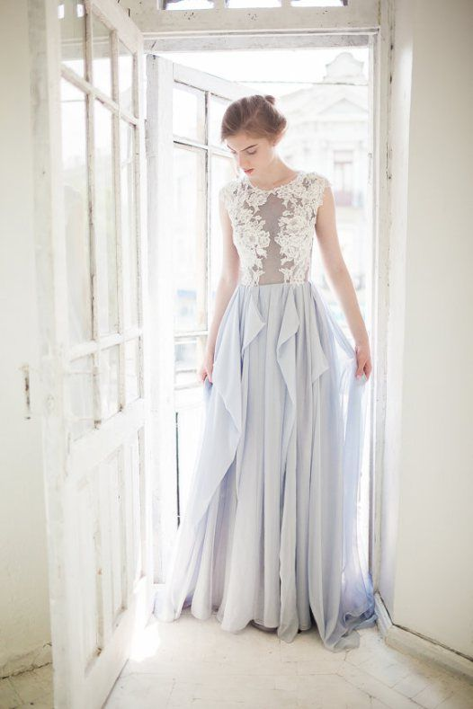 Choose a dusky gray wedding dress for your non-white wedding dress choice.