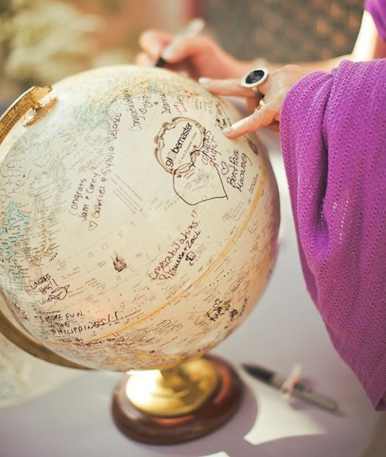 Globe Guest Book One Wed