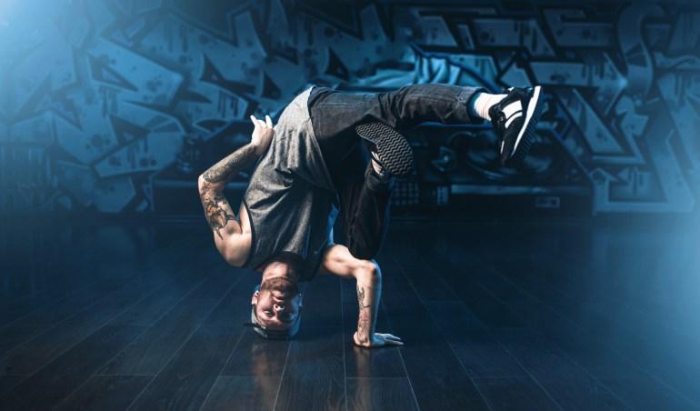 Hire break-dancers for your parties with Eventeus.com