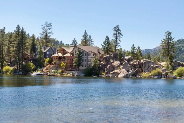 Home on Lake Arrowhead, San Bernardino