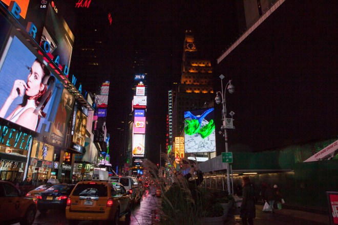 Midnight Moment is the largest coordinated effort in history by the sign operators in Times Square to display synchronized, cutting-edge creative content on electronic billboards and newspaper kiosks throughout Times Square every night, Times Square