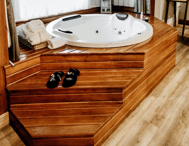 Wooden Jacuzzi in Lebanon