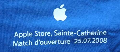 Apple Store t-shirt: Back detail of date