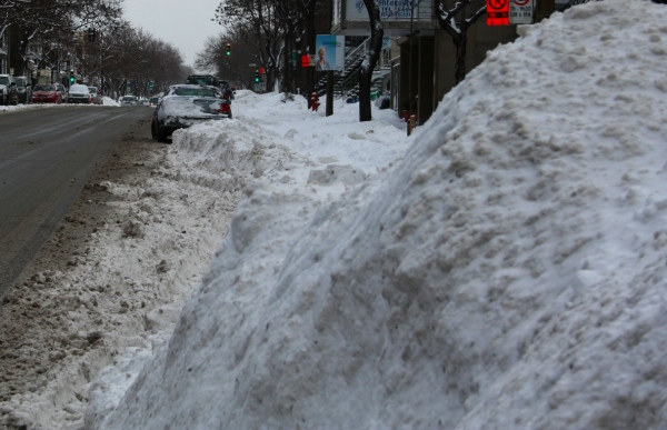An inconvenient snowbank (Fagstein file photo)