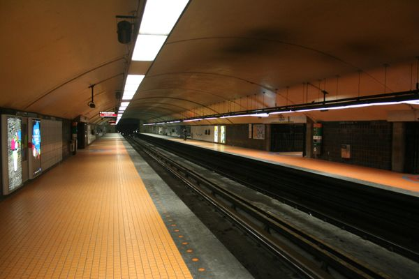 Jean-Talon station at 5:28am