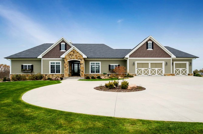 Craftsman Style Ranch House Plan With 4246 Square Feet