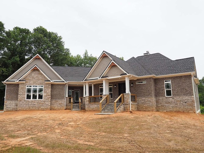 Traditional Style House Plan With Photos From New Construction