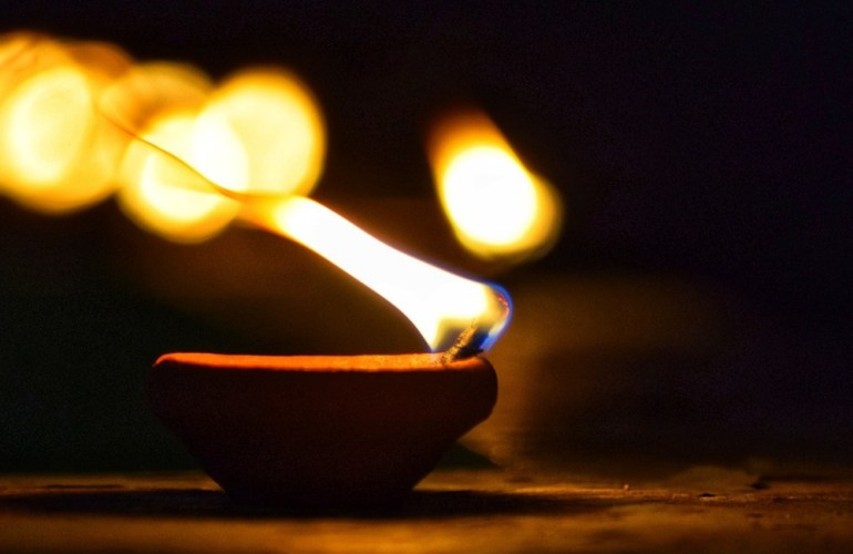 Deepavali, A Festival of Lights | FarEastFlora.com
