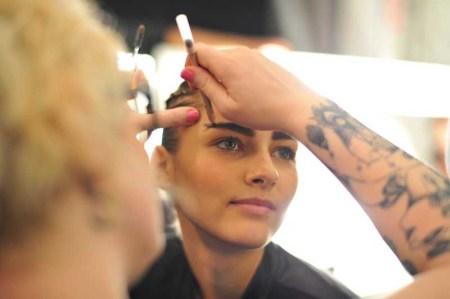 AAU Backstage Beauty F14 (14)