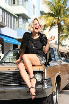 Rita Ora Behind the Scene (9)