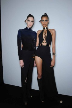 Versace Collection S15 Backstage (20)
