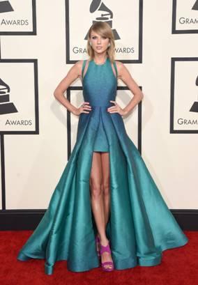 Taylor Swift in Elie Saab