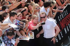 VIENNA, AUSTRIA - JULY 23: Simon Pegg poses with fans during the world premiere of 'Mission: Impossible - Rogue Nation' at the Opera House (Wiener Staatsoper) on July 23, 2015 in Vienna, Austria. (Photo by Gisela Schober/Getty Images for Paramount Pictures International)