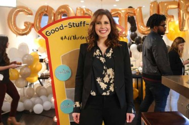 BEVERLY HILLS, CA - FEBRUARY 28: Actress Vanessa Bayer hosts the Kohl's Live-Stream Oscar Viewing Party on February 28, 2016 in Beverly Hills, California. (Photo by Imeh Akpanudosen/Getty Images for Kohl's)