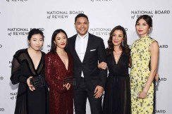NEW YORK, NY - JANUARY 08: Awkwafina, Constance Wu, Trevor Noah, Michelle Yeoh, and Gemma Chan pose with an award backstage during The National Board of Review Annual Awards Gala at Cipriani 42nd Street on January 8, 2019 in New York City. (Photo by Jamie McCarthy/Getty Images for National Board of Review)