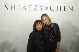 SHIATZY CHEN品牌創辦人暨設計總監王陳彩霞女士及香港知名造型師Faye Tsui (1)