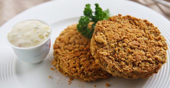"Jackfruit ""Crab"" Cakes | Recipe from FatFree Vegan Kitchen"