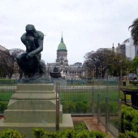 Der Denker von Rodin auf dem Plaza del Congreso