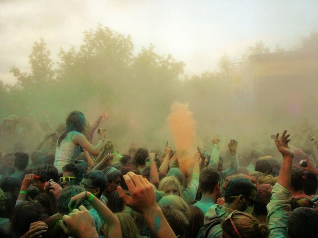 Actividades con polvos Holi