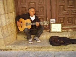 Strassenmusiker vor der Kathedrale von Astorga