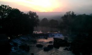 Puente Maceira bei Sonnenaufgang