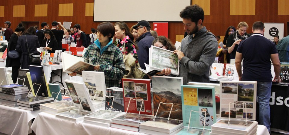 Book lovers browsed leisurely to the last minute.