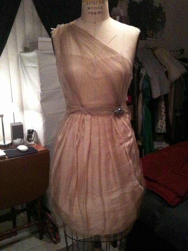 Quick fabric drape for idea of Graduation dress