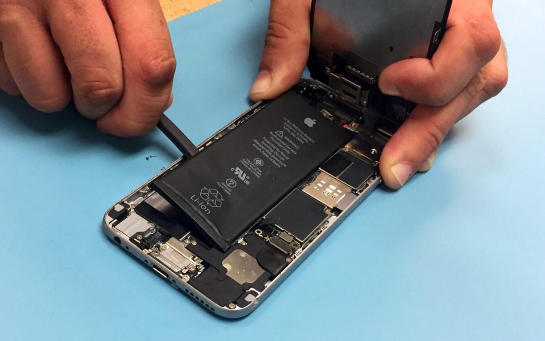 АСЦ Apple будут ремонтировать айфоны с неродными батареями