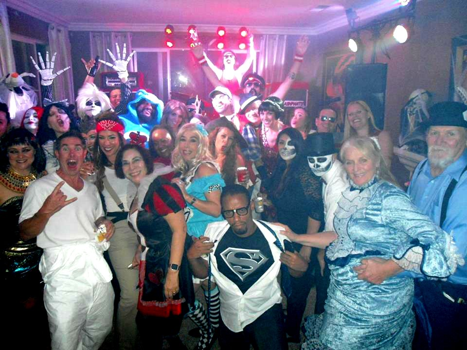 Best 80s Band Performs For Halloween House Party In Orange California