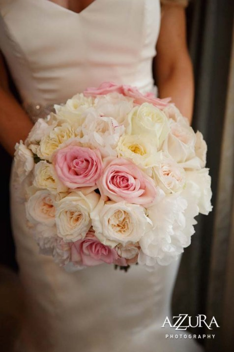 Carrie's bouquet of all roses