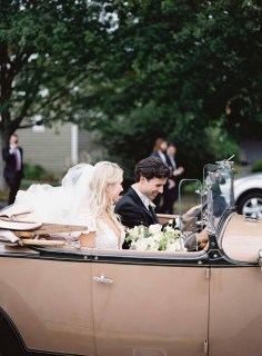 16Flora-Nova-Design-gorgeous-NW-tent-wedding